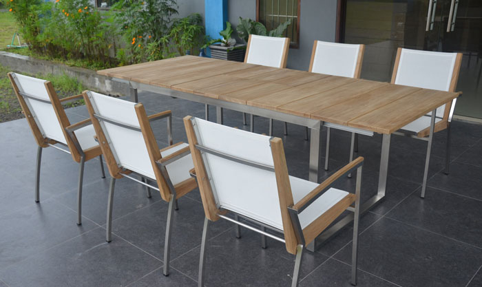 Comedor para exteriores de seis u ocho puestos seg n for Mesas de comedor para exterior